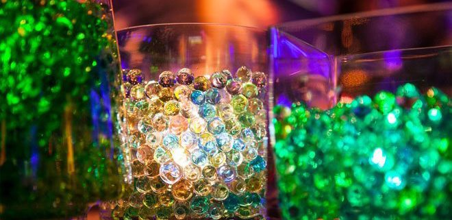 table decoration idea with water beads